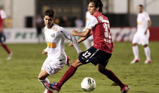Com Ganso desmotivado, Rafael falhando, Santos toma virada bizonha na Vila Belmiro !