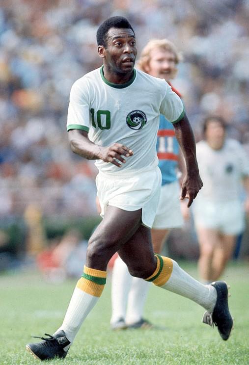O New York Cosmos, vai imortalizar a camisa 10 do Rei Pelé !